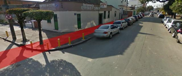Ciclovia projetada por EPTC passa rente ao acesso dos imóveis e em trechos não sobre nenhum espaço para o pedestre.